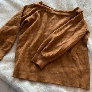 BRAND NEW boutique sweater, camel colored